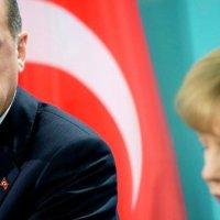 Alman basını Merkel'e yüklendi