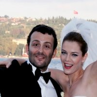 Begüm Kütük ve Erdil Yaşaroğlu çiftinden 70 bin liralık dava