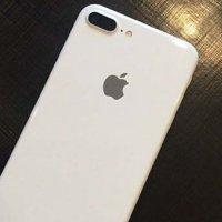Bembeyaz iPhone 7 ortaya çıktı