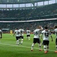Beşiktaş'ın resmi giyim sponsoru belli oldu!