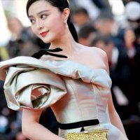 Çinli film yıldızı sırra kadem bastı