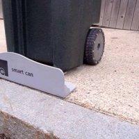 Çöp dökmeye kendisi giden akıllı çöp kutusu!