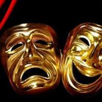 Dünya Tiyatro Günü'nde tiyatroya yol açın!