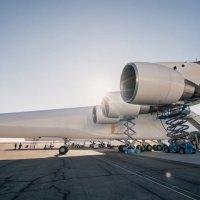 Dünyanın en büyük uçağı kalkışa hazır