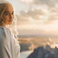 Emilia Clarke'tan Game of Thrones'a veda