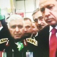 Erdoğan ve Özel'in o filmde ne işi var?