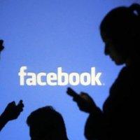 Facebook Almanya'da 10 bin hesabı kapattı