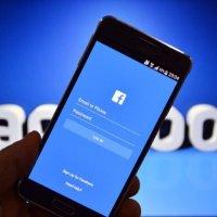 Facebook politik reklamları yasaklıyor