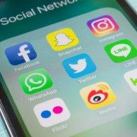 Facebook ve Google istihbarat kurumlarına rapor verdi
