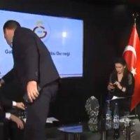 Galatasaray'da canlı yayın kazası!