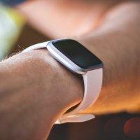 Google, Fitbit'i resmen satın aldı...