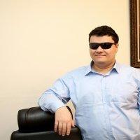 Görme engelli Türk mühendis Facebook ile anlaştı
