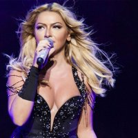 Hadise'den bornozlu video