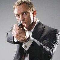 James Bond olacağıma bileklerimi keserim!