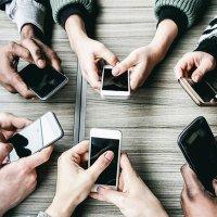 Komisyon 'teknoloji bağımlısı' çocuk ve gençleri de dinleyecek