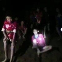 Mağarada mahsur kalan öğrenciler için zaman tükeniyor