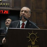 Meclis TV Cumhurbaşkanı Erdoğan'ın konuşmasını kesti