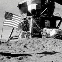 NASA, Ay'a astronot gönderecek