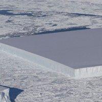 NASA'nın görüntülediği keskin açılı buz kütlesi şaşırttı