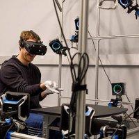 Oculus Rift'in eldivenini tanıttı!