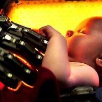 Robotlar çocuk yetiştirebilir mi?