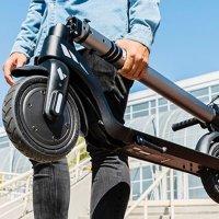 SEAT, yeni elektrikli scooter'ını satışa çıkardı!