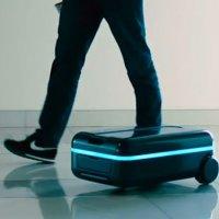 Sahibini takip eden akıllı bavul