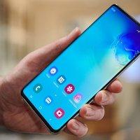 Samsung, ekran altı kameraya sahip telefonu duyuracak!