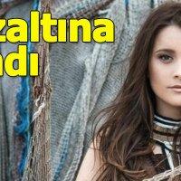 Şarkıcı Elif Kaya'nın gözaltına alınması