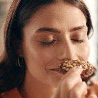 Sevgi dolu bir kurabiye