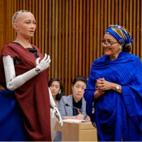 Sophia robot, BM'de yapay zekayı savundu