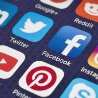 Sosyal medya devlerinden flaş adım