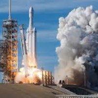 SpaceX askeri uydular fırlatmaya başlıyor