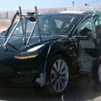 Tesla Model 3 şu ana kadarki en güvenli araç seçildi