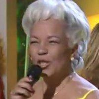 Ünlü şarkıcı yanmış arabanın içinde ölü bulundu!