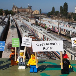 YouTube, Greenpeace'in LEGO videosunu engelledi
