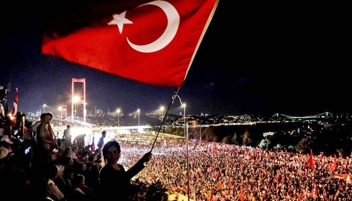 Medya'da 15 Temmuz ve Ömer Halisdemir duyarlılığı!