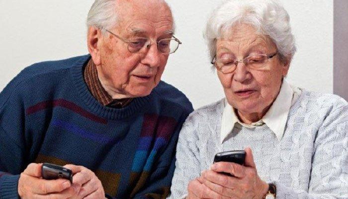 65 yaş üstüne WhatsApp eğitimi verilecek!