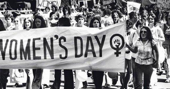8 Mart emekçi kadınlar gününün tarihi ile ilgili görsel sonucu
