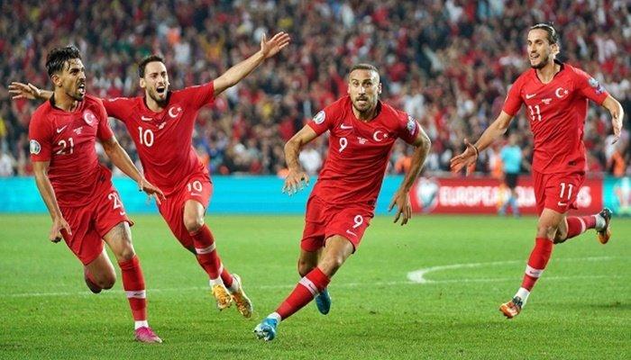 A Milli Futbol Takımlarına sponsor desteği!