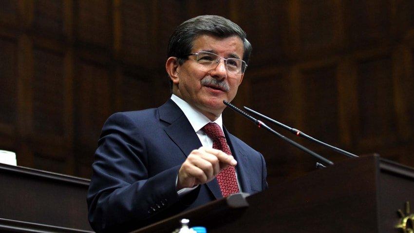 Ahmet Davutoğlu'nun partisinin kurucuları arasında hangi gazeteciler var?