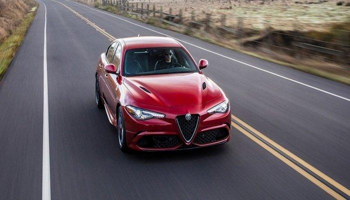 Alfa Romeo'ya birincilik ödülü!