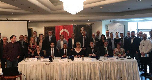 Almanya Türk yatırımcıları bekliyor
