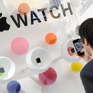 Apple 10 Nisanda Apple Watch için mağaza açıyor!