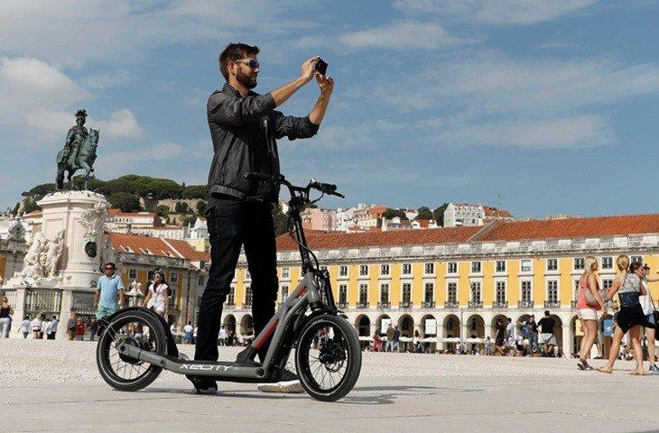 BMW elektrikli scooter pazarına giriyor