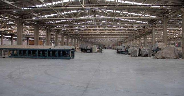 Bin kişilik seramik fabrikasında üretim durdu