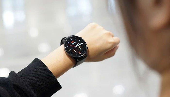 Çinli akıllı saat Türkiye'de satışa sunuldu!