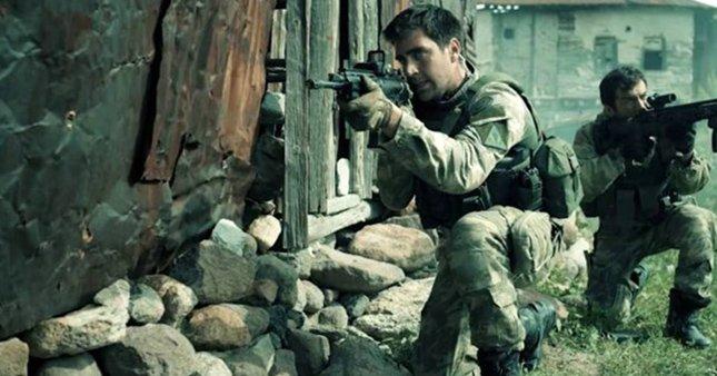 Dağ 2 filminde savunulan köyü PKK ele geçirdi