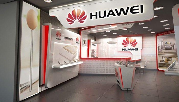 Dünyanın en büyük Huawei mağazası Şangay'a açıldı