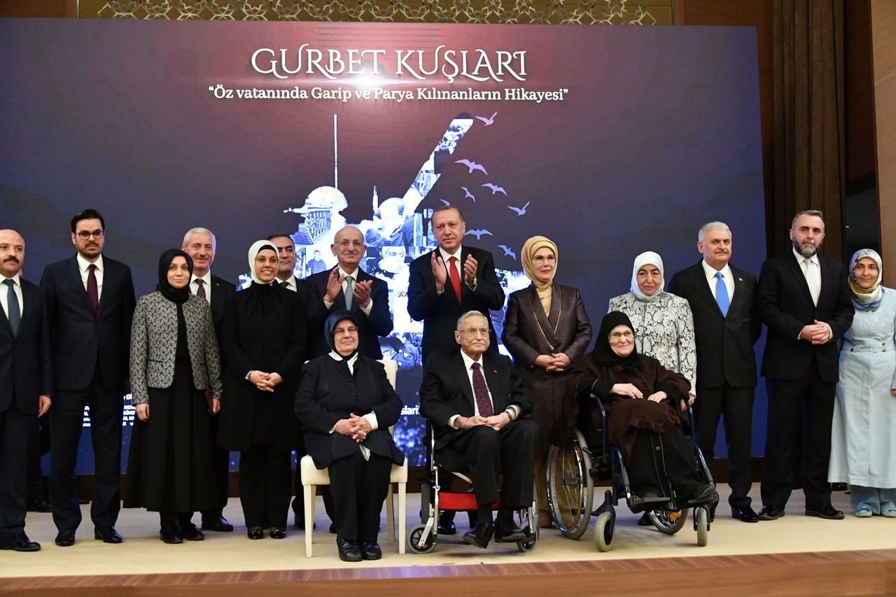 """Erdoğan, """"Gurbet Kuşları"""" belgeselinin galasına katıldı!"""